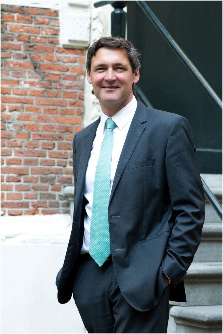 Ton Nijhuis is directeur van het Duitsland Instituut van de Universiteit van Amsterdam. Beeld Rebke Klokke