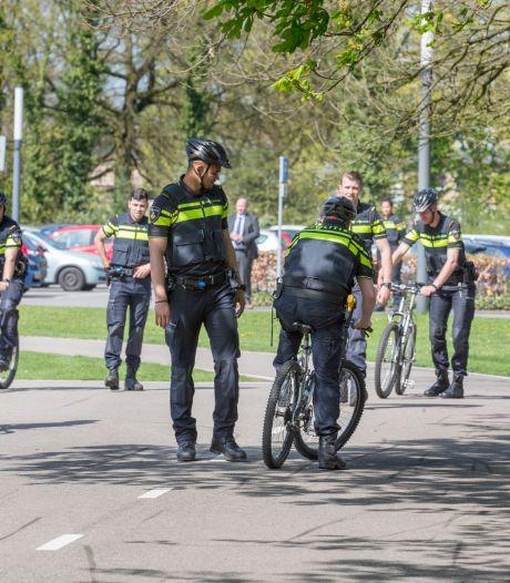Politieacademie barst uit zijn voegen, onrust bereikt hoogtepunt