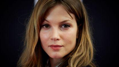 Valse castingagent voor Roskam-film probeert actrices uit de kleren te krijgen