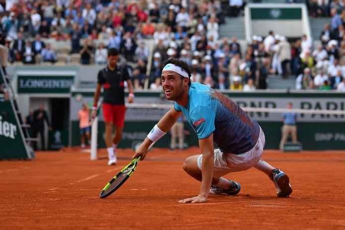 Cecchinato viel op het gravel in Parijs na zijn gewonnen kwartfinale tegen Djokovic.