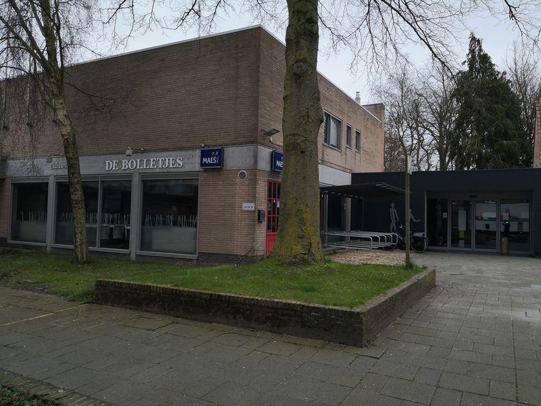 Stad zoekt nieuwe uitbaters voor dit cultuurcafé De Bolletjes bij dienstencentrum in Diksmuide