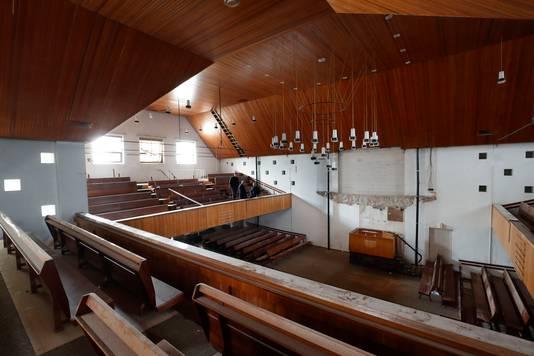 Het interieur van de Pniëlkerk.