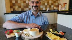 """Opgegroeid met biefstuk en charcuterie, maar ex-slager start nu 'vegan' catering: """"Mijn vader keek me eerst heel vreemd aan"""""""