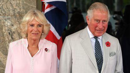"""Camilla onthult enkele """"grappige"""" talenten van prins Charles: """"De kleinkinderen zijn echt dol op hem"""""""
