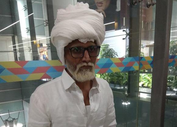 De 32-jarige Jayesh Patel deed zich voor als een 81-jarige man.