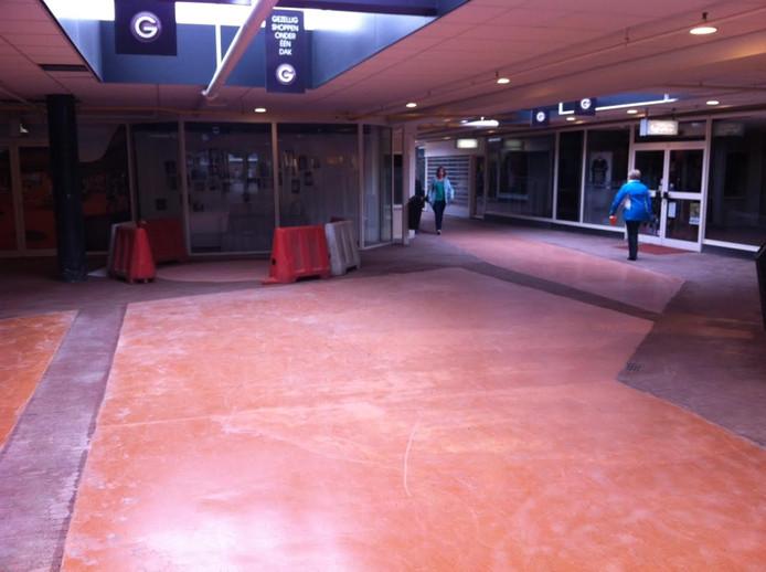 De vloer in het winkelcentrum in Oss