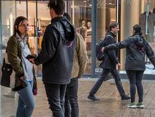 Straatverkoop Tilburg 'steeds irritanter', maar kent ook echt grimmige kanten
