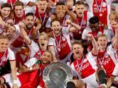 Ajax bekroont prachtig seizoen met 34ste landstitel