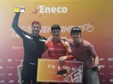 Max uit Giessenburg wint NK Tegenwindfietsen op Oosterscheldekering