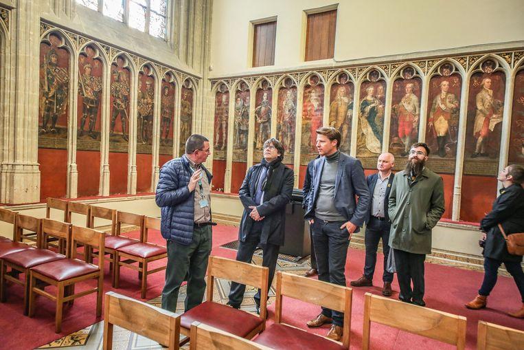 Carles Puigdemont was onder de indruk van de Gravenkapel bij de Onze-Lieve-Vrouwekerk