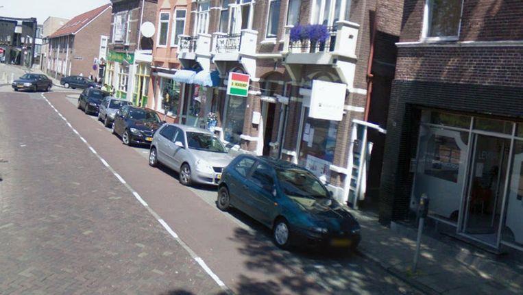 Betaald parkeren in de Czarinastraat. Beeld Streetview