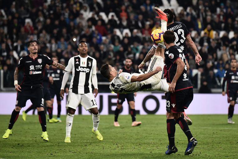 Ronaldo probeerde het -vergeefs- met een retro.