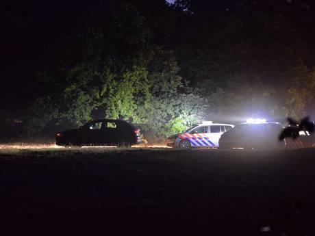 Vermist Duits meisje (14) in gestolen auto bij achtervolging Beekbergen
