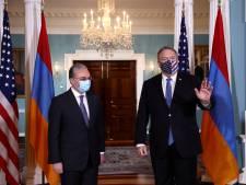 """L'Arménie et l'Azerbaïdjan s'engagent à nouveau sur un """"cessez-le-feu humanitaire"""""""