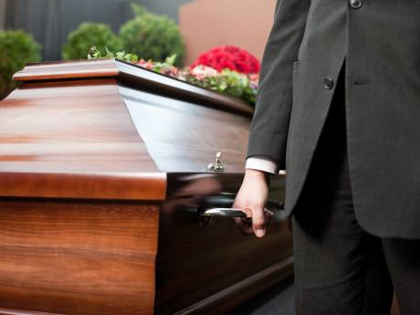 """Déclarée morte, elle se bat depuis trois ans pour """"retrouver sa vie"""""""
