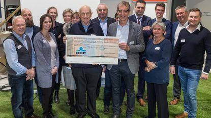 Mosselfeest Unizo en Neos levert Rozemarijn 7.240 euro op