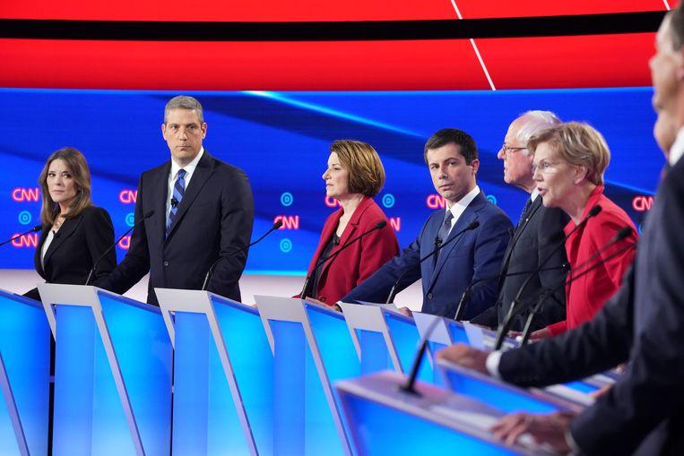 Marianne Williamson, Tim Ryan, Amy Klobuchar, Pete Buttigieg, Bernie Sanders en Elizabeth Warren.