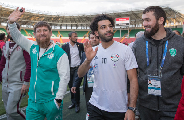 **Egyptische stervoetballer Mo Salah dreigt na politieke rel te stoppen als international**