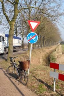 De lange weg naar een fietspad:  Haghorst Moergestel in vijftien krantenkoppen