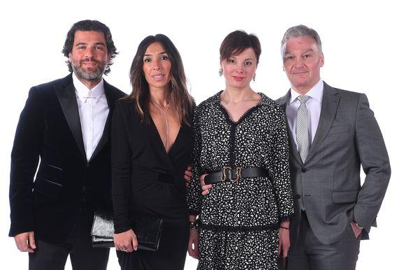 Bondsvoorzitter Mehdi Bayet met Sabine en Charleroi-voorzitter Fabien Debecq met partner.
