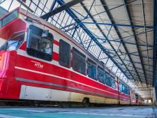 HTM haalt opgelucht adem: Overvolle trams blijven uit en reiziger draagt netjes een mondkapje