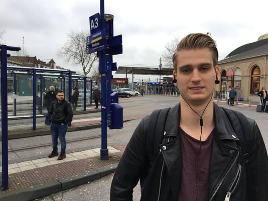 Jess van Dijk (21) baalt van de staking: ,,Het staat hier nergens goed aangegeven.''