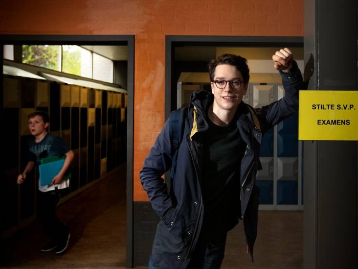'Een kermis naast de examenzaal, dat kan toch niet?'