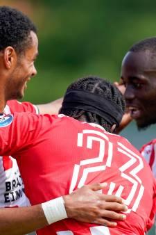 Heftige interne competitie bij PSV, waar Schmidt de harde keuzes pas later maakt