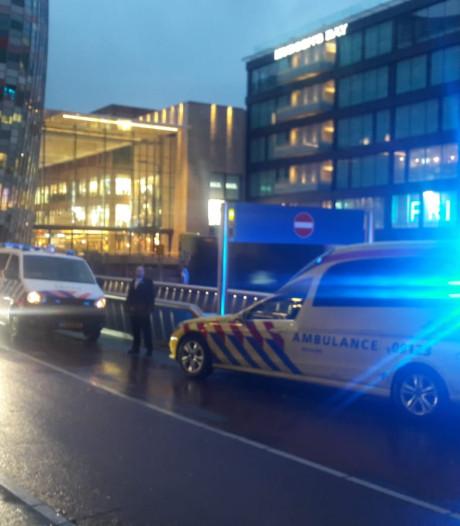 Hulpdiensten massaal in actie voor 'medische noodsituatie' op Catharijnesingel in Utrecht