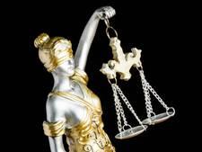 Verdachte trustfraude bijt van zich af in Amsterdamse rechtbank