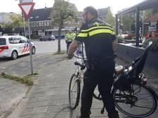 Vrouw en kind gewond na val van fiets bij aanrijding met busje in Eindhoven
