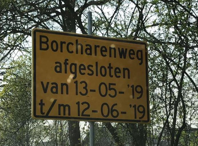 De Borcharenweg in Werkendam gaat een maand dicht voor alle verkeer.