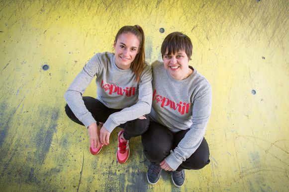 Tessa Wullaert en G-voetbalster Tine Debaets.