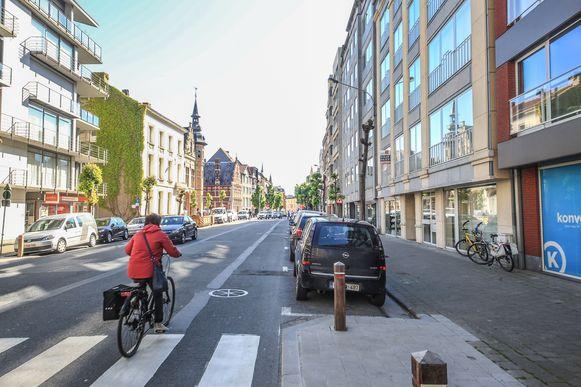 De Rijselsestraat, ter hoogte van de residenties Claridge.
