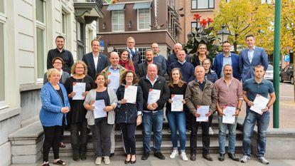 Rode Kruis reikt EHBO-brevetten uit
