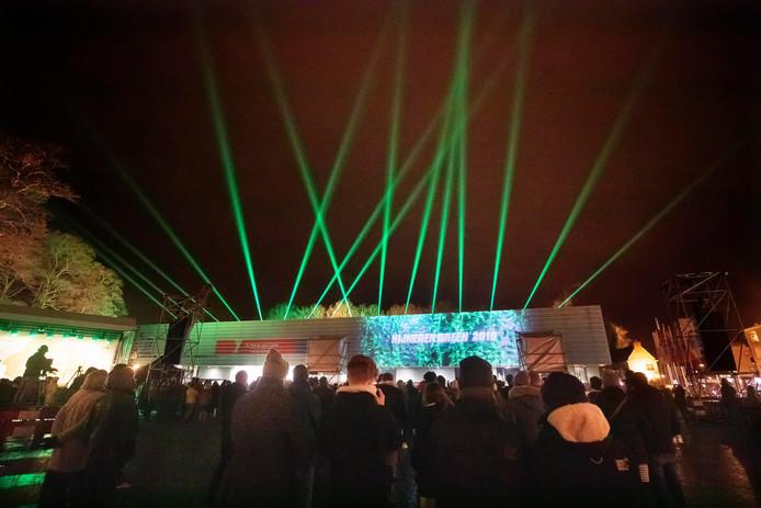 Lichtshow op Kelfkensbos op de slotavond van Nijmegen als Green Capital, vrijdag.
