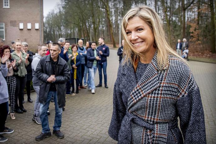 Koningin Maxima brengt een werkbezoek aan verslavingskliniek De Wending.