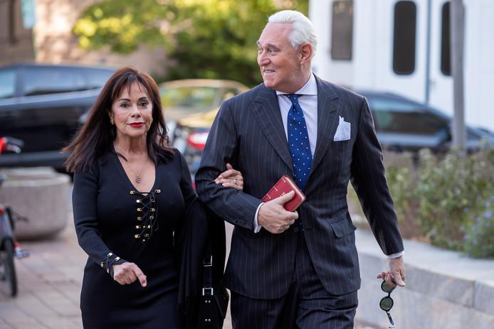 Roger Stone (R) en zijn vrouw Nydia (L).