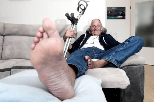 Begin vorige maand liep Siewert van der Wal een gebroken heup op na een botsing met enkele wielrenners.