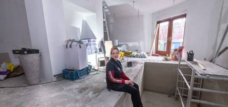 Vanessa opent wellness voor ouderen in Malden en schreef tevergeefs 17 fondsen aan voor bijdrage badlift