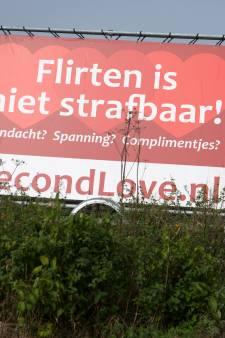 'Borden van datingwebsite Second Love langs provinciale wegen ongepast'
