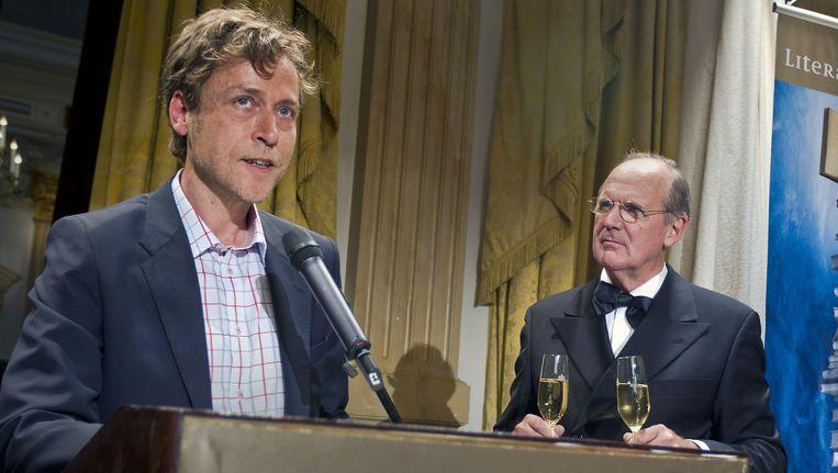 De Vlaamse schrijver Yves Petry (L) won in 2011 de Libris Literatuur Prijs. Beeld ANP