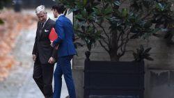 """Sp.a-voorzitter Conner Rousseau op sneakers bij koning """"Fluppe"""": """"We zijn matekes geworden"""""""