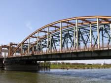 'Maak toekomstscenario voor Oude IJsselbrug'