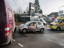 Vrouw gewond bij botsing op kruising in Doesburg