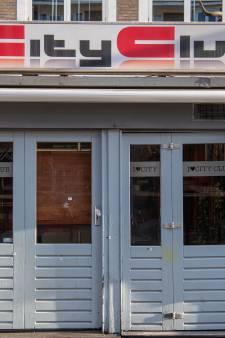 Nog geen zicht op verdachte van beschieting City Club in Apeldoorn