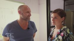 Lien Van de Kelder stuit in 'Op weg met Jan' op aangrijpende familiegeschiedenis