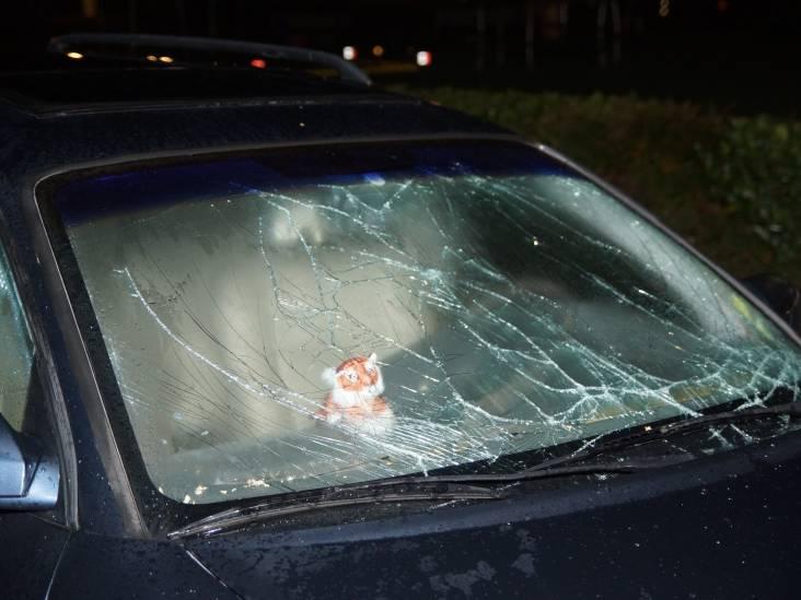 Vuurwerk in auto gegooid in Kaatsheuvel: voorruit en interieur zwaar beschadigd