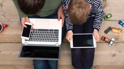 """1 op de 3 Belgen heeft last van """"digitale stress"""". Jij ook? Test het hier"""