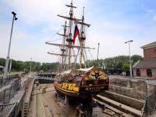 'Een historisch schip in een historisch dok'